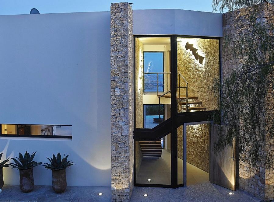 Posh villa in Ibiza blends glass, stone and concrete