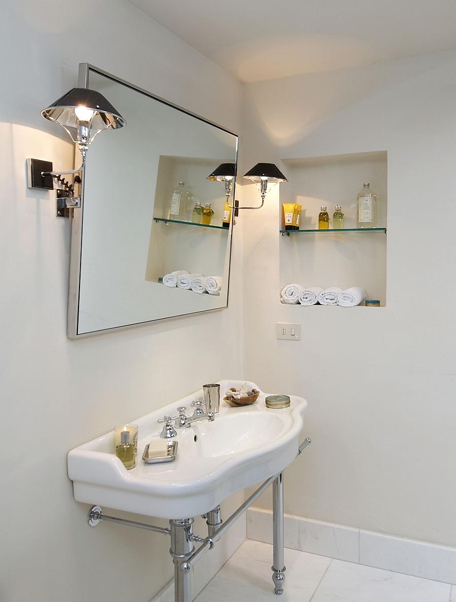 Simple and elegant modern bathroom in white