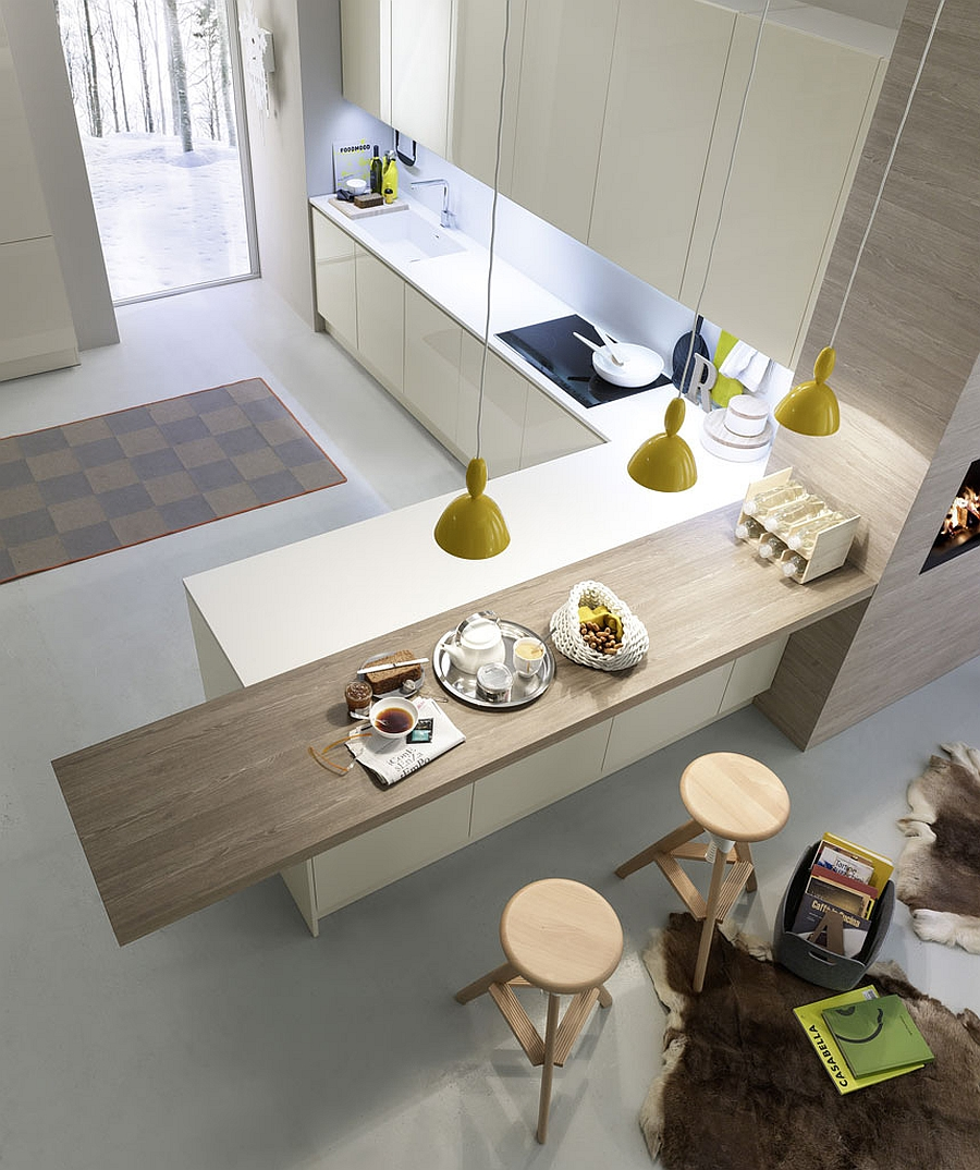 Smart modern kitchen from Pedini with compositional freedom