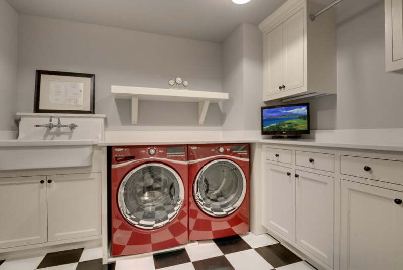 Sparkling clean washer and dryer