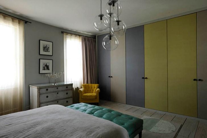 Townhome bedroom by Studio Toogood