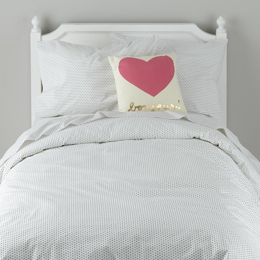 Black dotted bedding