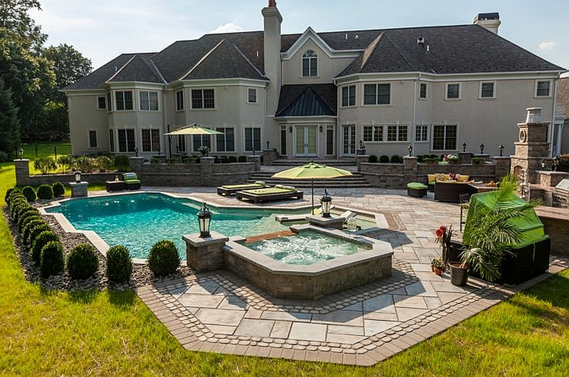 Brand new outdoor living space at Kim Granatells New Jersey home Kim Granatell's New Jersey Home Gets A Trendy New Backyard Escape