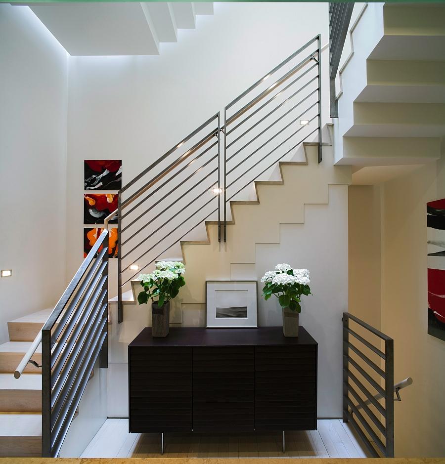 Smart New York City Townhouse Renovation, Breezy Modern Design