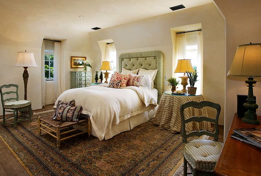 Chic rug adds to the Mediterranean style of the bedroom [Design: Jane Snyder]