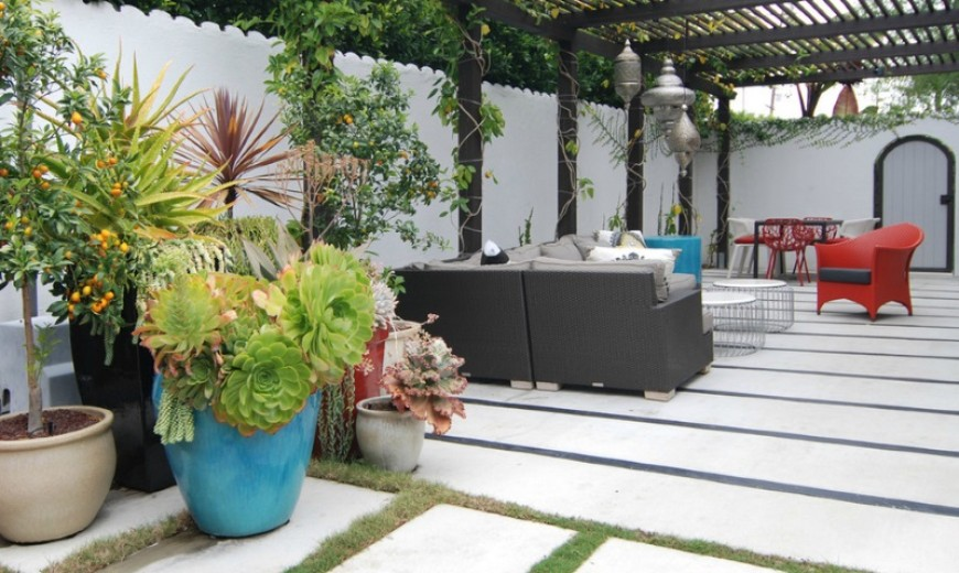 Three Vibrant Color Schemes For Outdoor Spaces