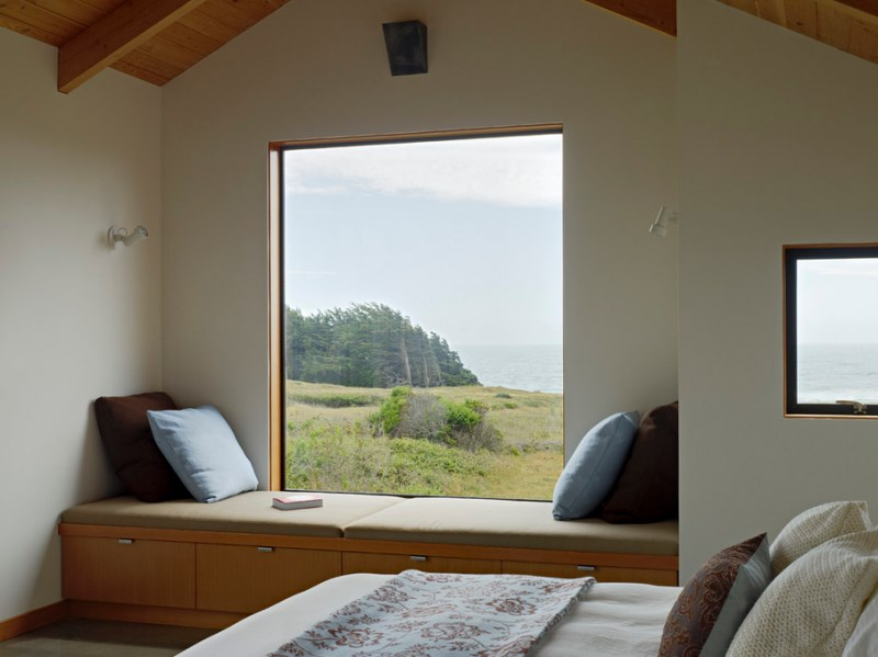 10 Stunning Rooms With A Window Seat