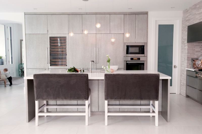 Cozy kitchen with plush barstools
