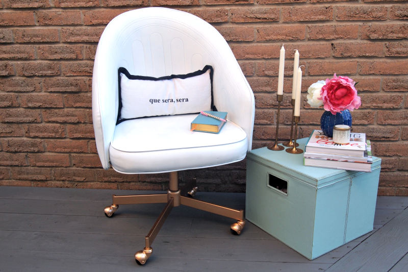 DIY Painted leather chair in white with gold base