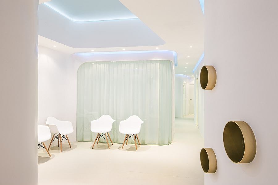 Eames molded plastic chairs inside the Dental Angels Clinic