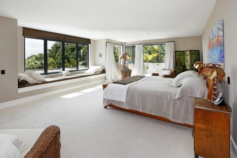View In Gallery Expansive Master Bedroom With A Window Seat