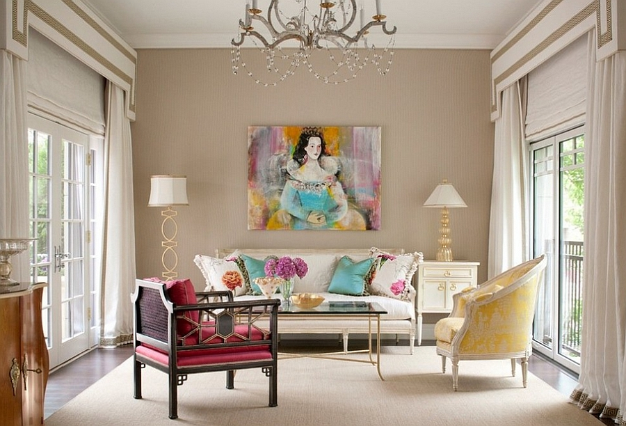 Exquisite decor pieces and classical art in the living for Trendy living room decor