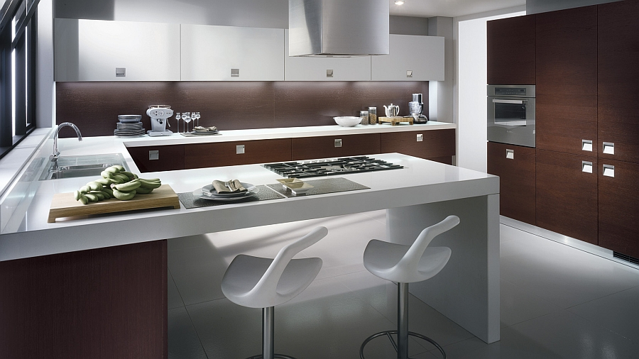 Extra white and super-sturdy quartz qorktop of the kitchen gives it a refined appeal