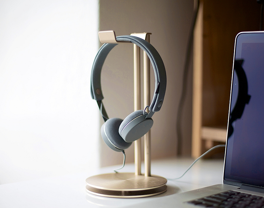Gorgeous HeadStand headphone hanger with sleek, trendy design