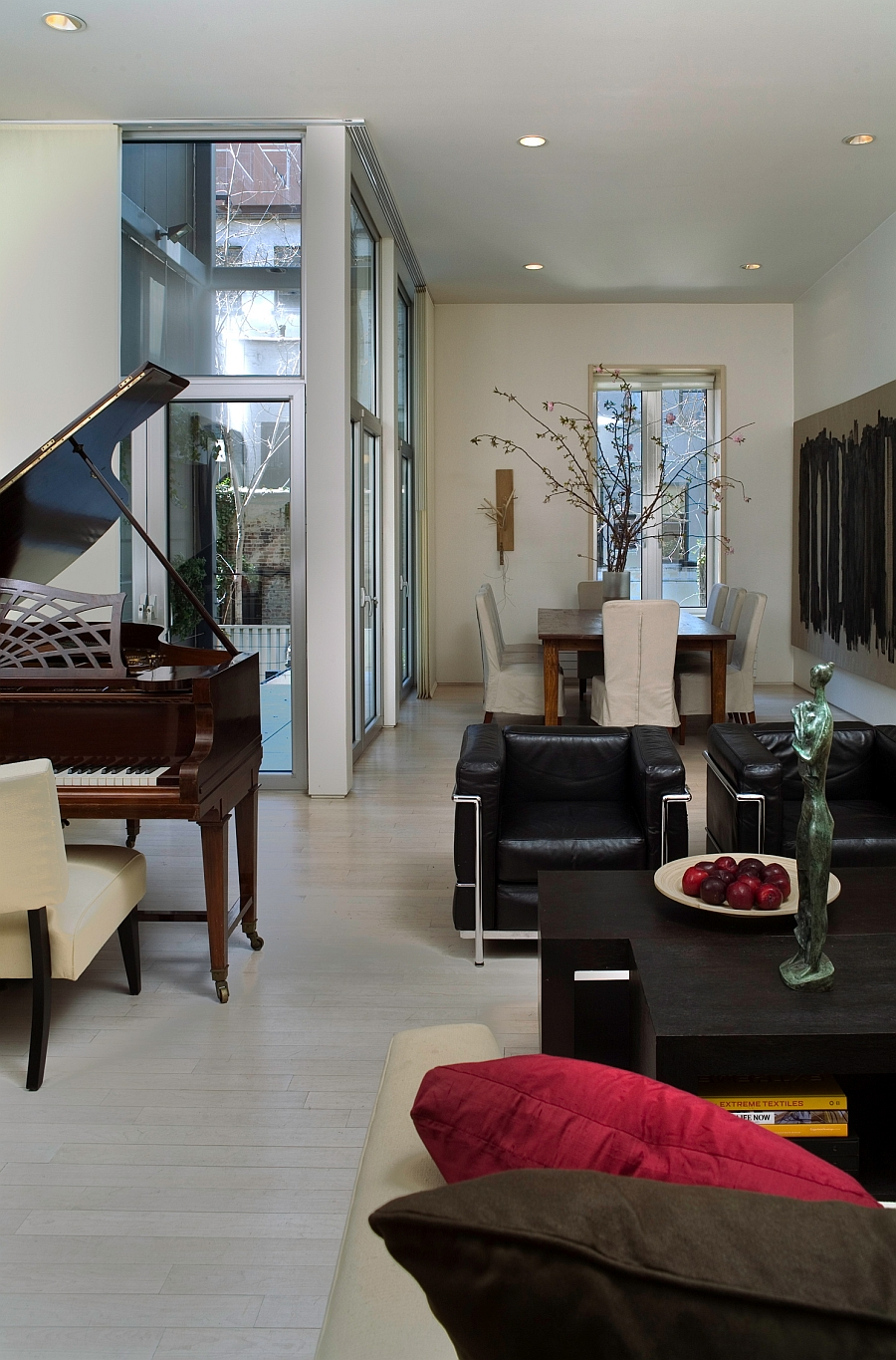 High ceiling gives the townhouse interior an airy appeal