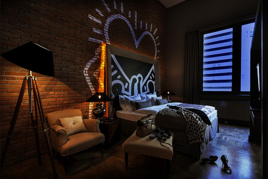 Graffiti interiors home art murals and decor ideas for Top design hotels budapest