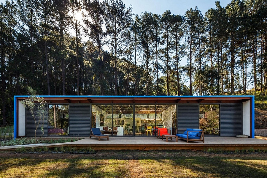 Large glass doors extend the living space outside Modern Modular Summer Retreat In Brazil Invites Nature Indoors!