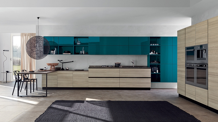 Lovely Moooi Random light enhances the flawless functionality of this kitchen