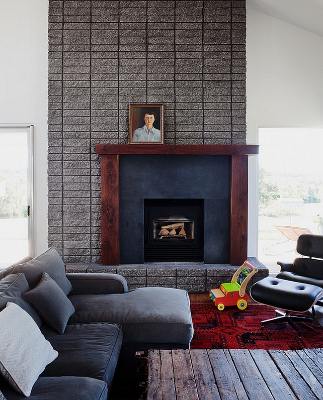 Midcentury living room with a relaxed, masculine vibe [Design: Hufft Projects]