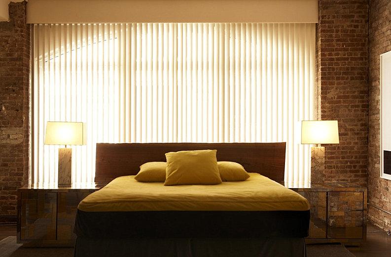 Modern bedroom designed by Rafael de Cardenas