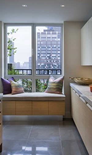 New York kitchen with a window seat