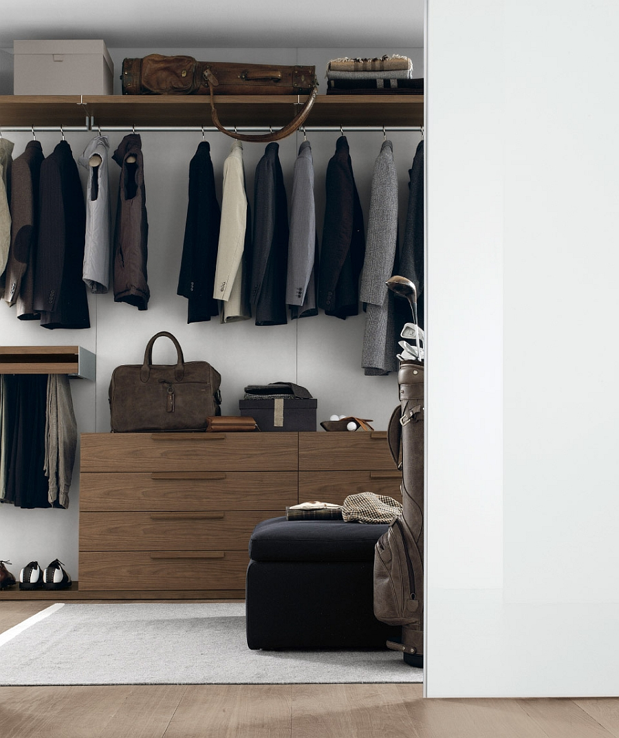 Organize your bedroom elegantly with a trendy walk-in closet