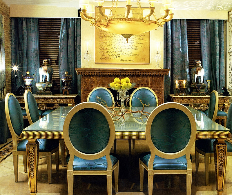 Regal Deco Dining Room is all about gold! [Design: COLECCION ALEXANDRA]