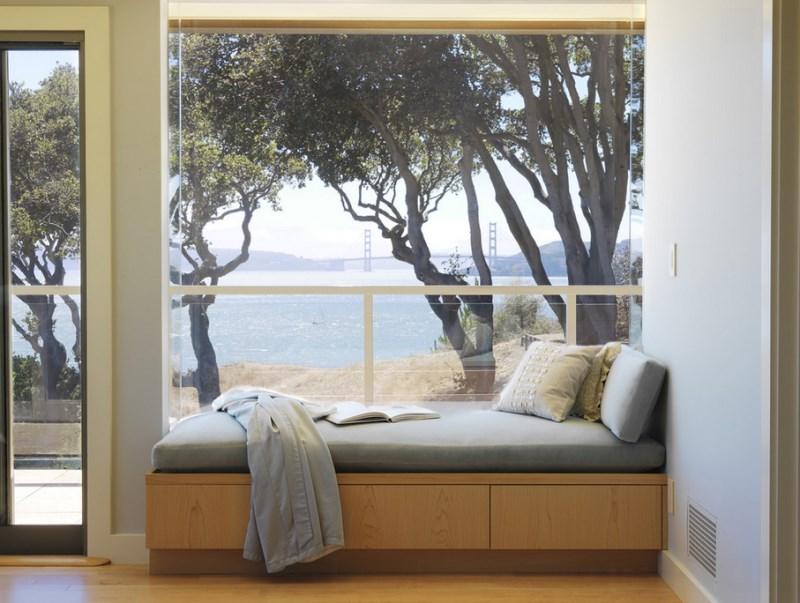 San Francisco entryway window seat