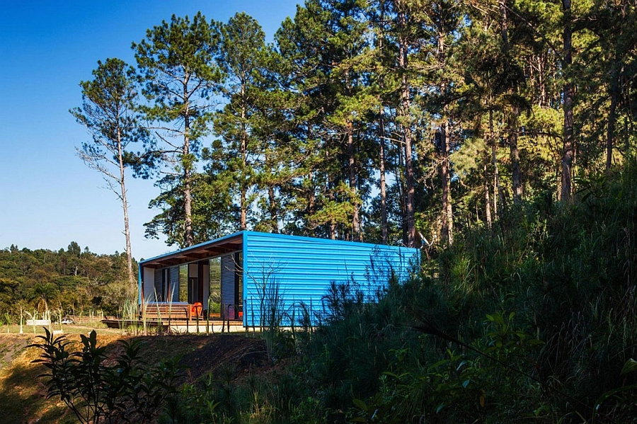 Small summer house in Brazil with cool metal cladding