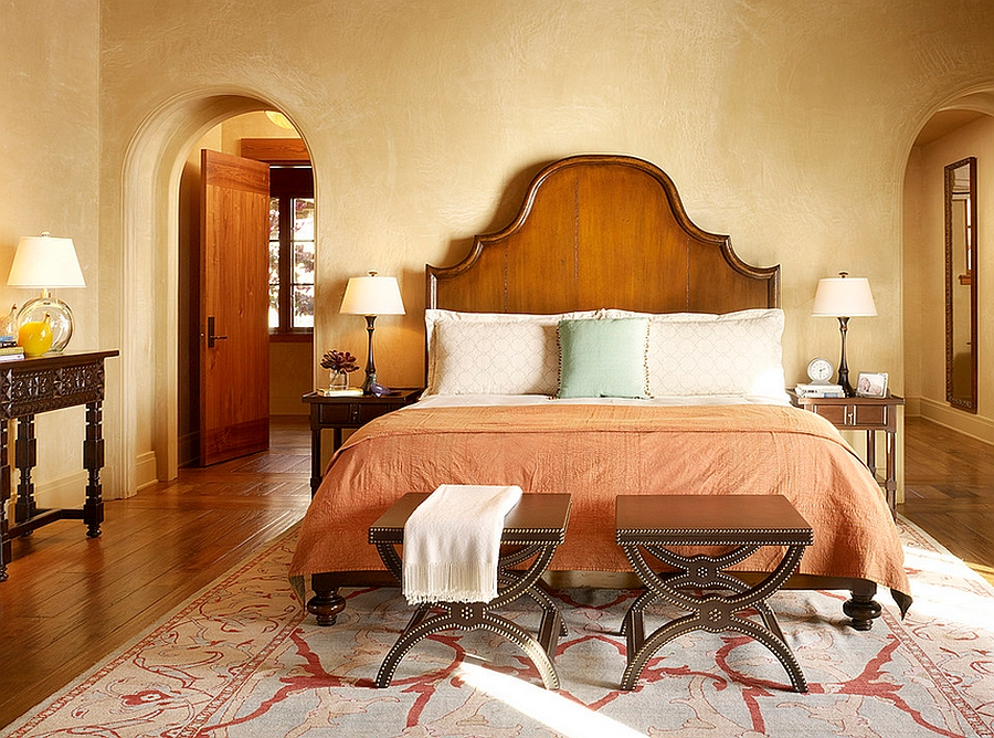 Soothing bedroom with warm earthen tones [Design: Schippmann Design]