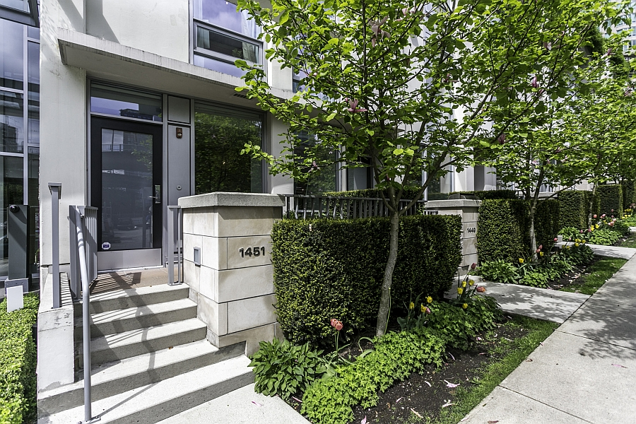 Street Facade of the custom designed vancouver townhouse