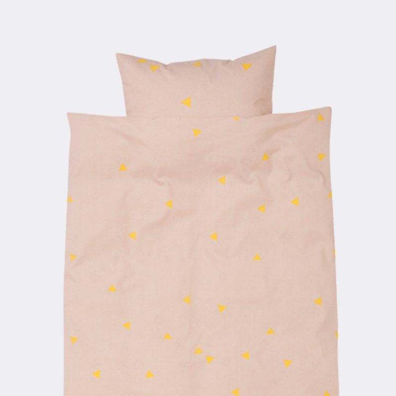 Triangle-motif bedding from Ferm Living