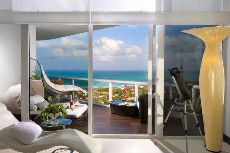 10 serene rooms with a balcony view for Balcony with view