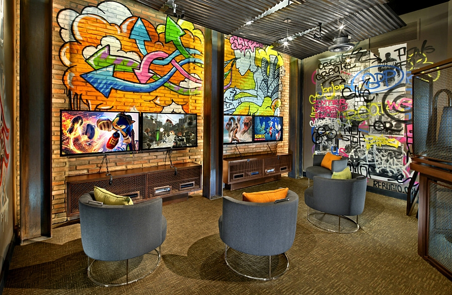 Vivacious Custom Graffiti Enlivens The Snazzy Home Theater Design