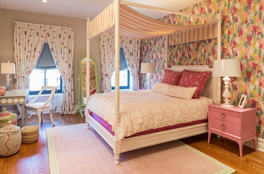 Colorful new york home with chic feminine charm for Habitaciones juveniles chica