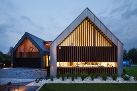 Two Barns House: Inspiring Contemporary Home In Poland