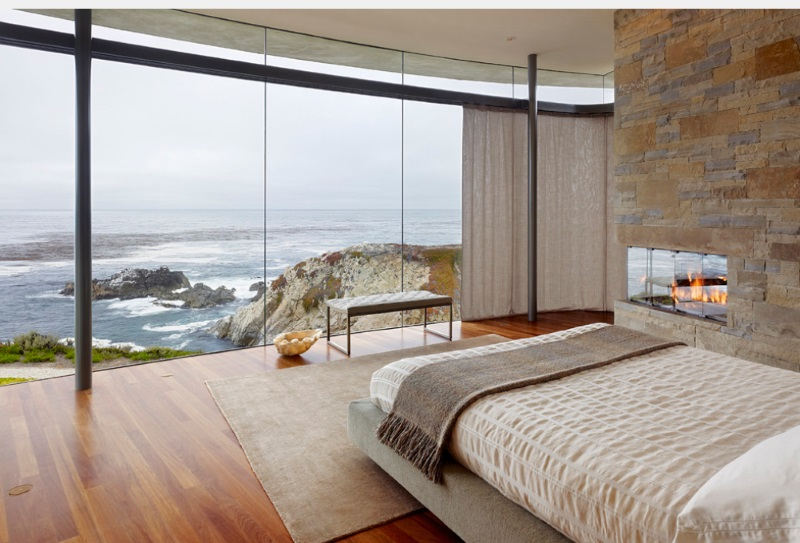 Bedroom with a seaside view 10 Modern Bedrooms With An Ocean View