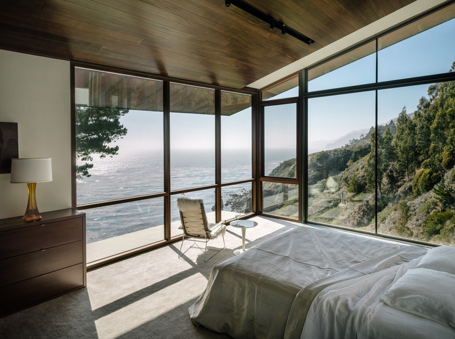 Big Sur bedroom with a rocky beach view