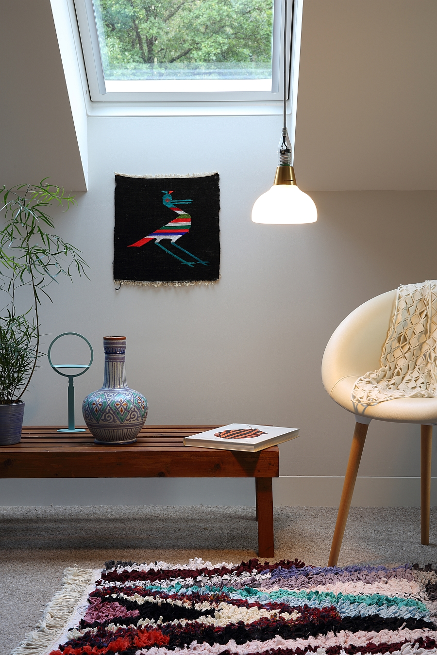 Booo combines the light bulb and the lamp shade into one!