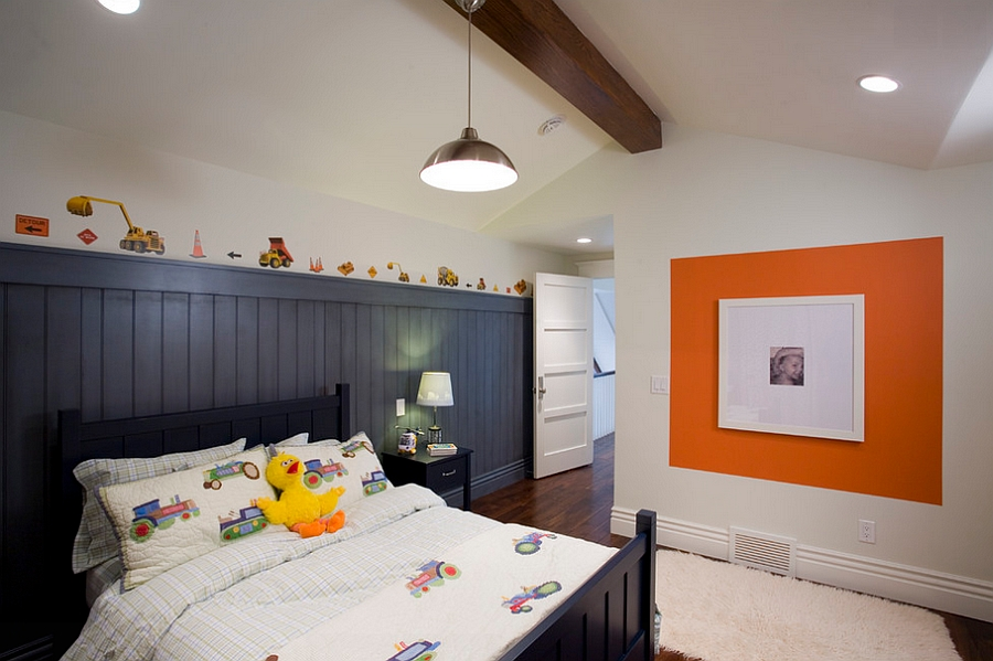 Boys' bedroom in black, white and pumpkin orange