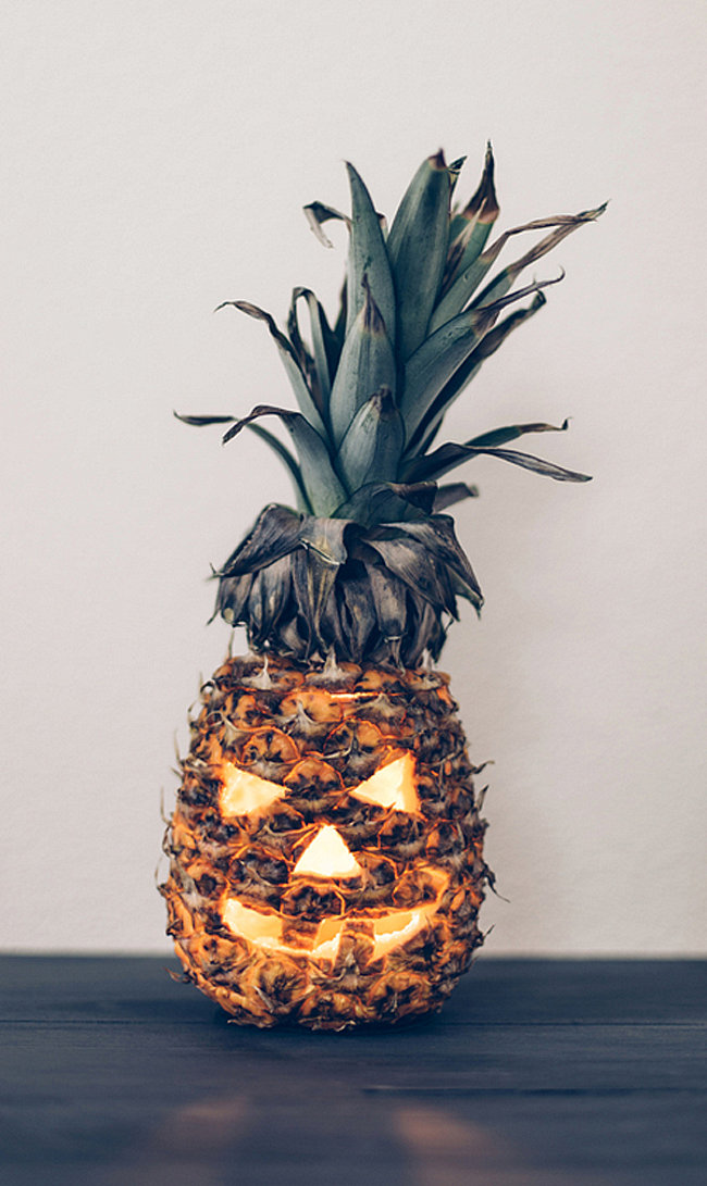 Carved pineapple idea
