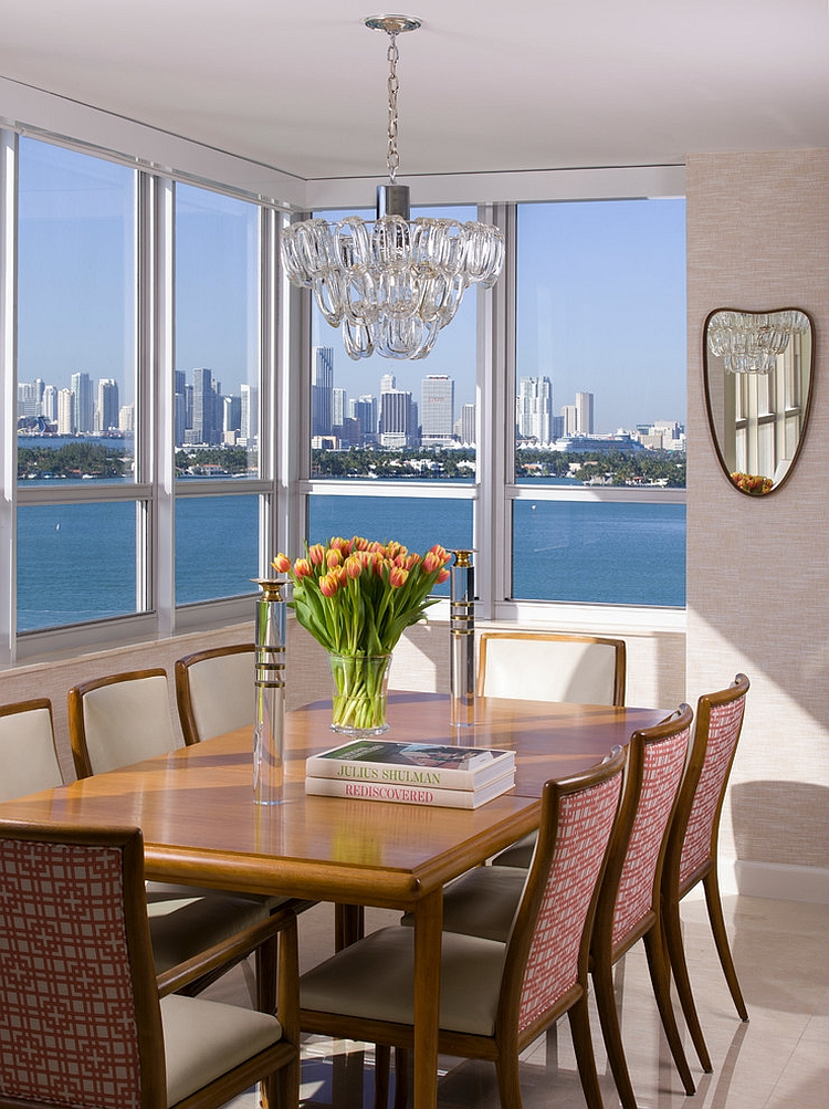 Contemporary dining room with view of the ocean and NYC city skyline [Design: Joshua Smith]