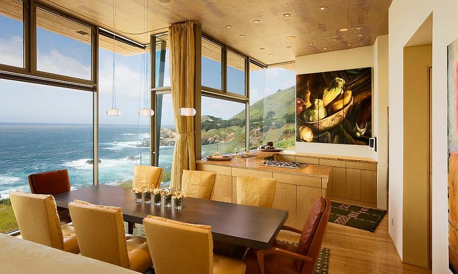 Dining room with warm and elegant color scheme [Design: Studio Schicketanz]