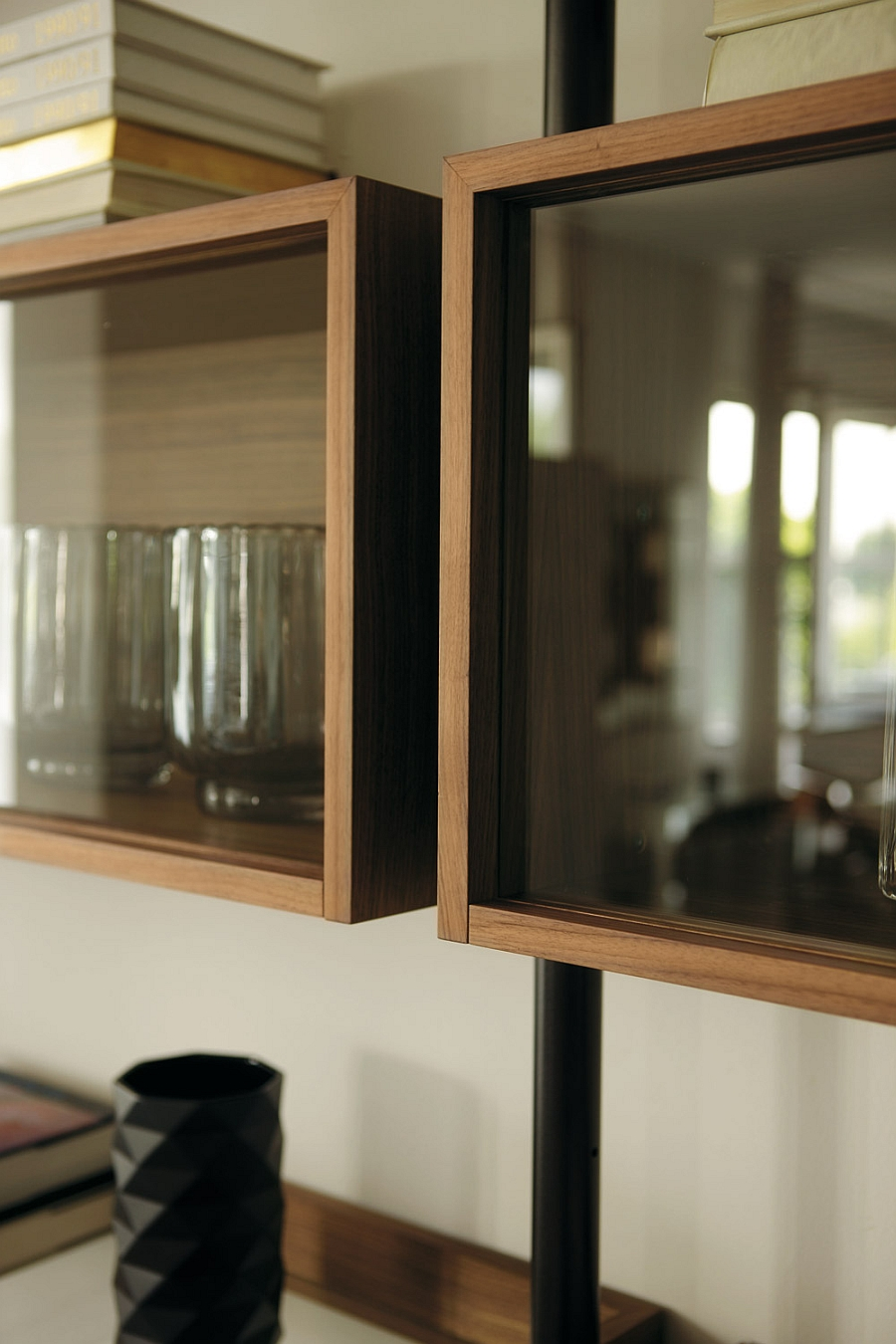 Elegant closed shelves of the Ubiqua Wall System