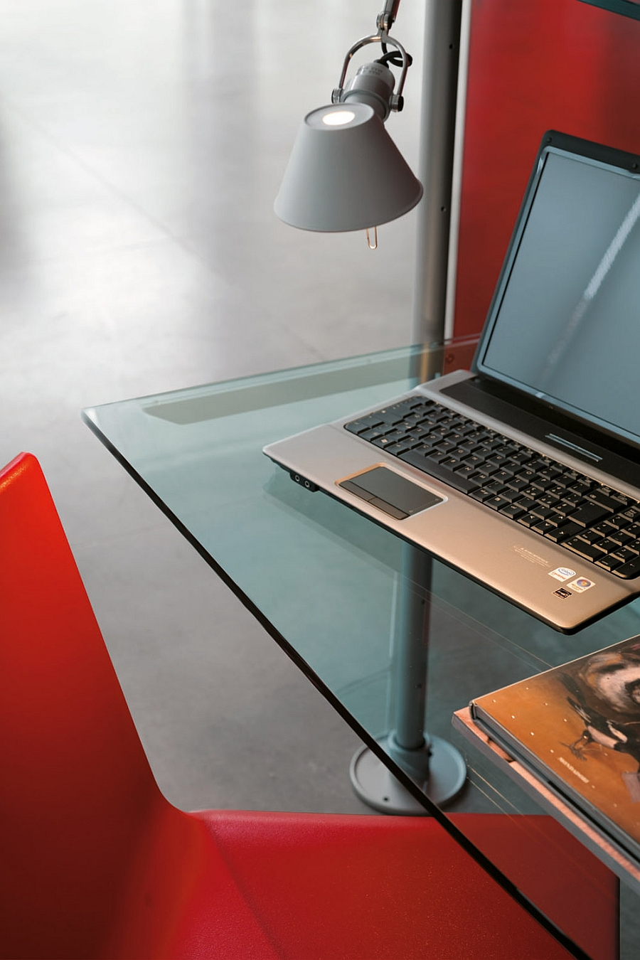 Ergonomic home workstation design combined with wall system