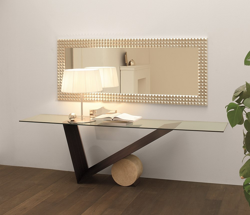 Fabulous valentino console by Emanuele Zenere