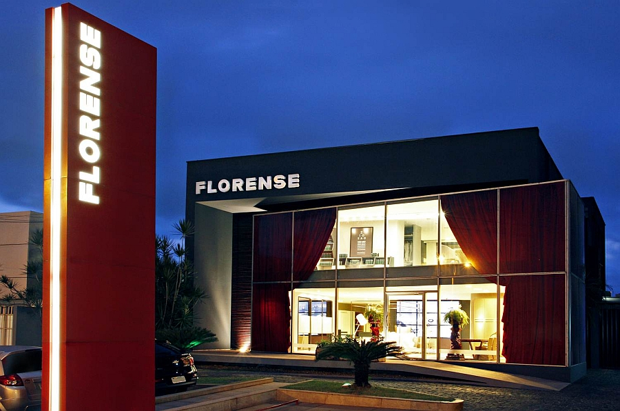Florense's new store in São Luis by Henrique Steyer