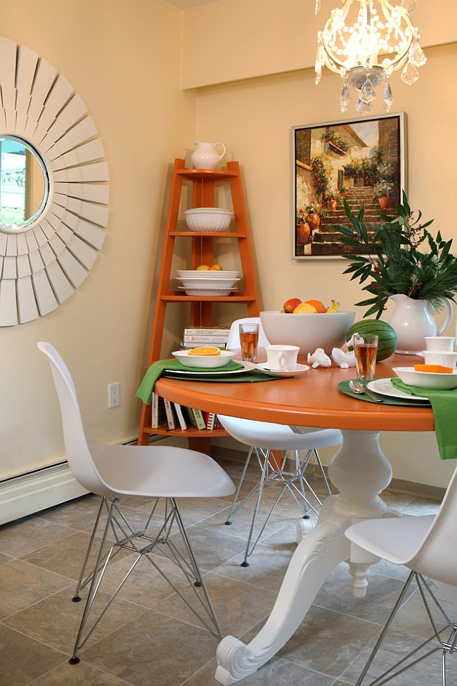 Dining room corner decorating ideas space saving solutions for Decorate a small dining room