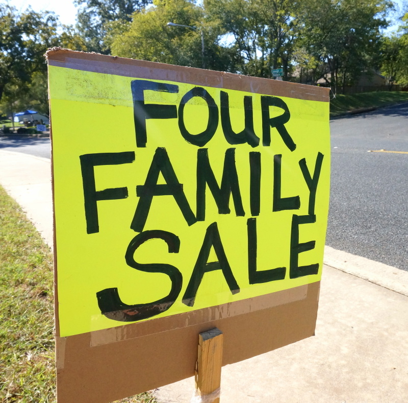 Garage sale signage is key