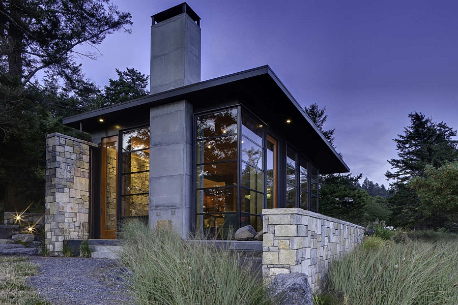 Glass windows with steel frame withstand strong winds North Bay Residence: Sustainable Design that Brings Nature Indoors